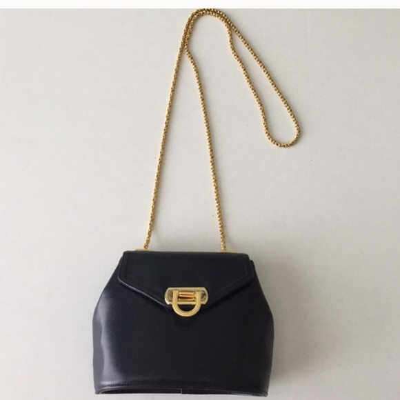 frenchy of california Handbags - Frenchy of California purse with gold chain